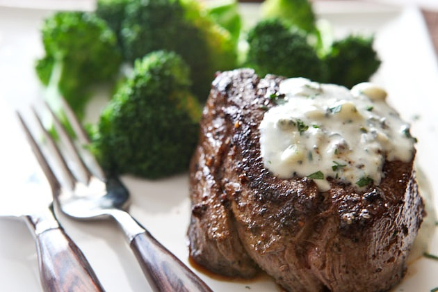gorgonzola cream sauce for steaks