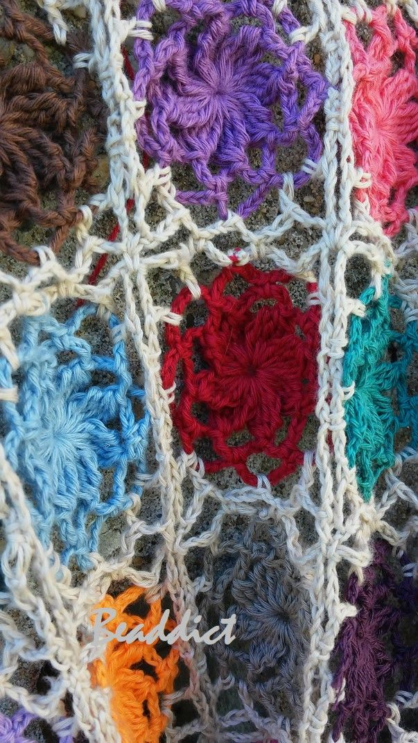 """""""Flowers"""" scarf. Designed and crocheted by Beaddict. Pure cotton."""