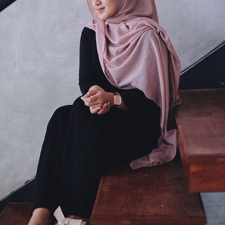 Malem duduk bersantai  #bali #denpasar #semarang #sulawesi #pontianak #batam #kaltim #indonesia #makasar #aceh #papua #sayainginhamil #bandung #surabaya #sidoarjo #malang #medan #balikpapan #sulut #wisata #tv3malaysia #tv9malaysia #makeup #midewifery