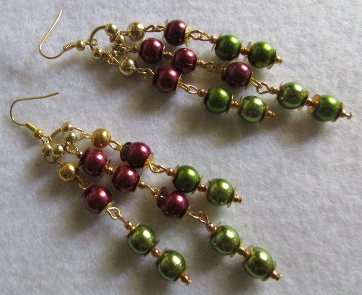 Aros cascada perlas bordó y verde pasto