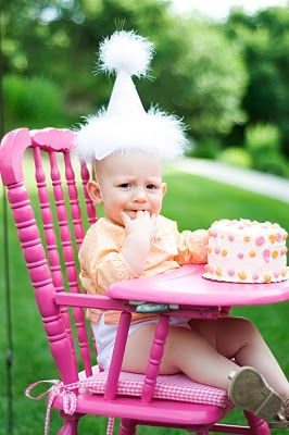 the inspiration for Genevieve's pink high chair...but I never found this perfect shade of pink!