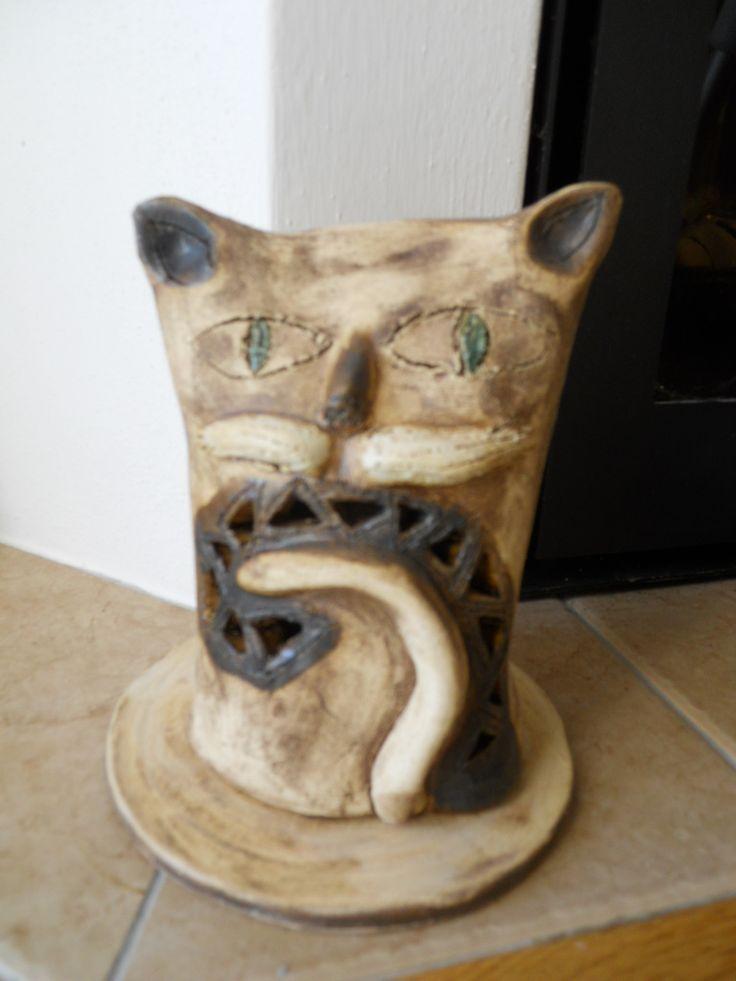 Kočka svícen keramika