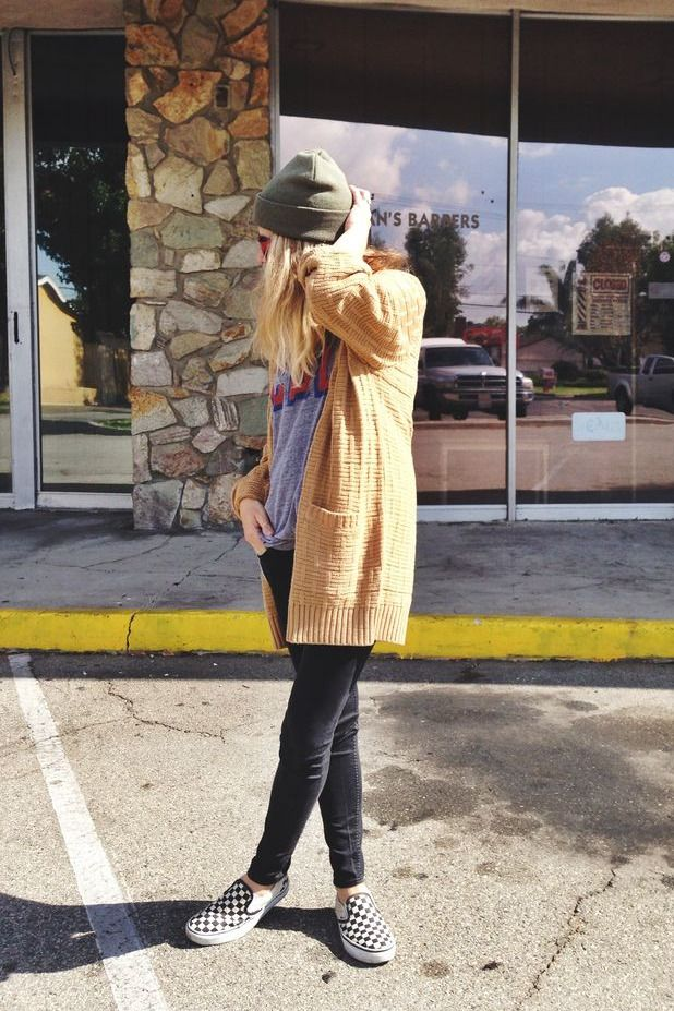 We love @ascotfriday and her love of checkerboard slip-ons!