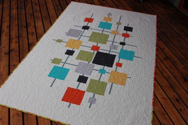 Shiner's view ...: Mid-century modern quilt in solids