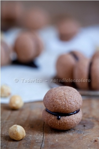 Hazelnut Kiss Cookies: Baci di Dama (recipe in Italian)