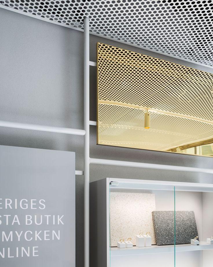 /Safira Flagship Store- Lighting design by Black Ljusdesign/ Interior design by Enström Jönsson/ Photography by Hampus Berndtson/ Black ljusdesign-  Lighting Design - Architecture - Lighting - Interior lighting- Store design- Retail- Jewellery- Jewellery store