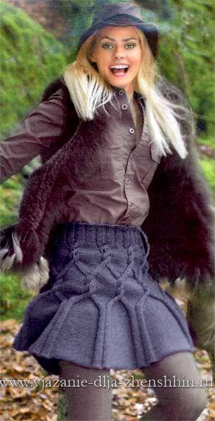 Короткая вязаная юбка спицами со схемами