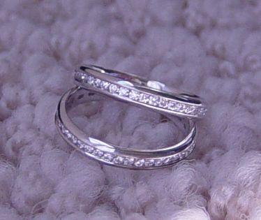 sparkly shiny toe rings