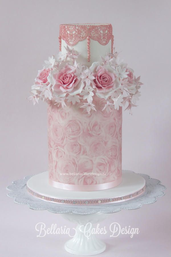 Pink roses cake.