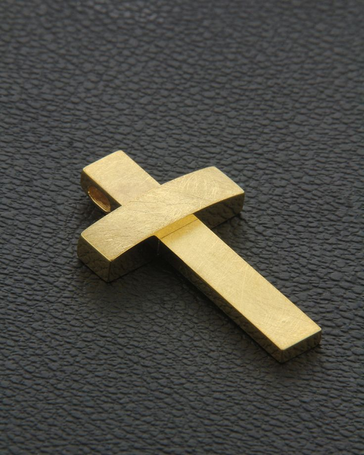 Χειροποίητος Σταυρός χρυσός Κ18