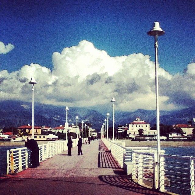Monti e mare a distanza di pochissimo! Marina di Massa.