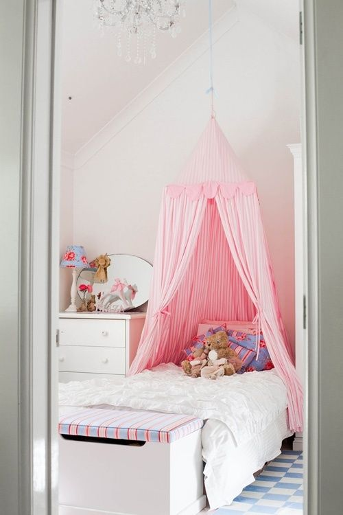 pink canopy bed for girls