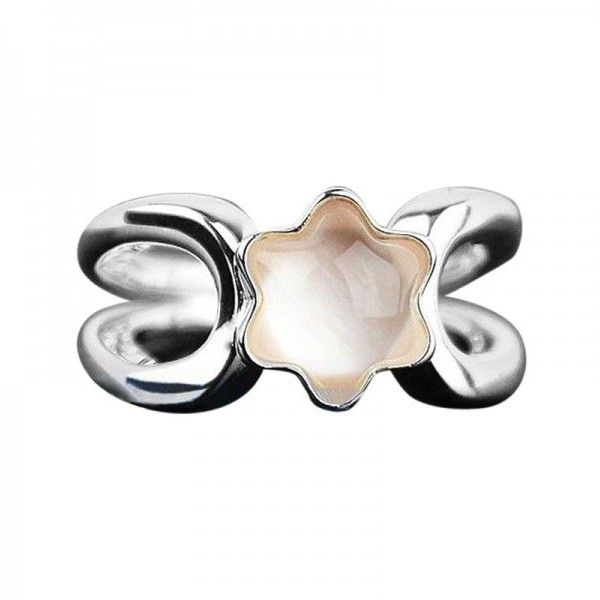 Pre-owned Montblanc Sterling Silver & Rose Quartz Star Collection Ring ($325) ❤ liked on Polyvore featuring jewelry, rings, montblanc jewelry, rose quartz jewelry, preowned jewelry, sterling silver jewellery and pre owned rings