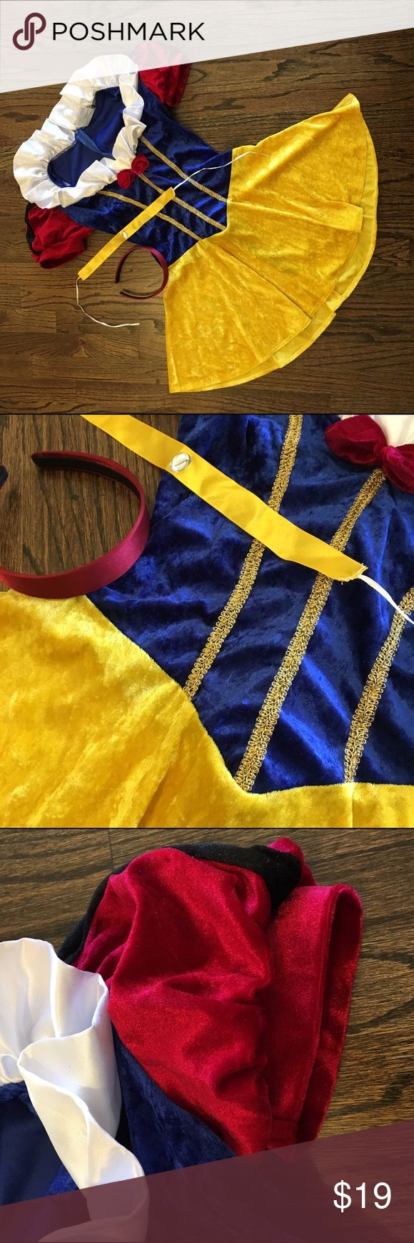 Women's small Snow White costume with accessories Adults small sexy snow white Halloween costume with yellow choker and red satin headband. Other