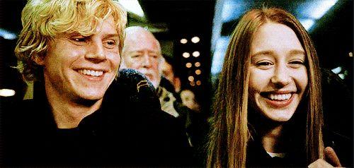 Zoé & Kyle #Taissa Farmiga #Evan Peters American Horror Story Coven