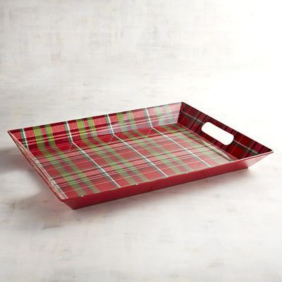 A touch of traditional plaid is always welcome at a holiday party. And with cutout handles for easy serving, our break-resistant melamine tray is all set to offer friends and family steaming cups of cocoa or even bowls of figgy pudding.