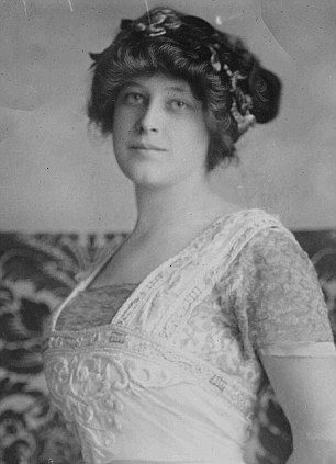 1st-class survivor Margaret Astor aboard #Titanic. Double-click pic for #History article.