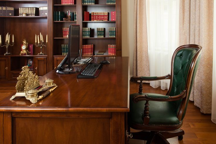 birou vedere laterala - Mobila / Mobilier Biblioteca Elena clasica lemn masiv