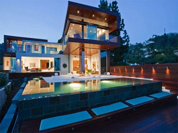 moderne luxush user mit pool. Black Bedroom Furniture Sets. Home Design Ideas
