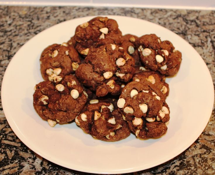 Chocolate Cookies with White Chocolate Chips « Cookbook Hub