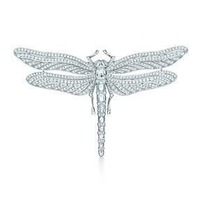 Spilla libellula con diamanti tondi taglio brillante e taglio rosetta. #Tiffany & Co #dragonfly #jewelry