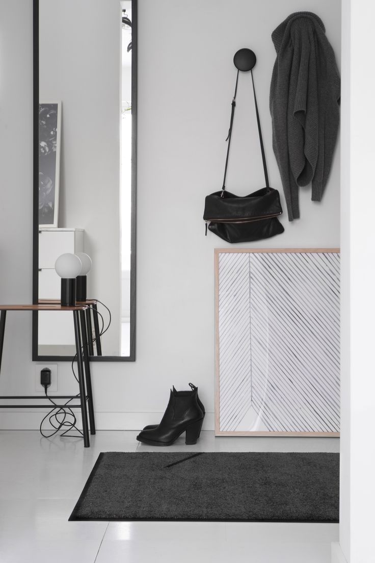 Hey Ash is minimalistic; decorated with Heymat's simple signature line. Hey Ash has a neutral, timeless grey colour that fits in with most homes.