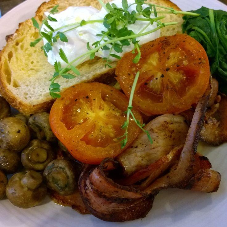 Big Breakfast in Adelaide #breakfast #eggs #foodporn #foodies #nomnom #travel