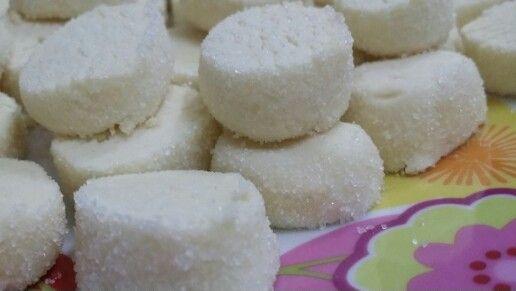Biscotti di riso http://www.incucinaconflo.it/ricette-dolci-biscotti-di-riso/