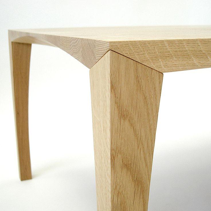 Tasmian oak dining table mads johansen at great dane for Dane design furniture
