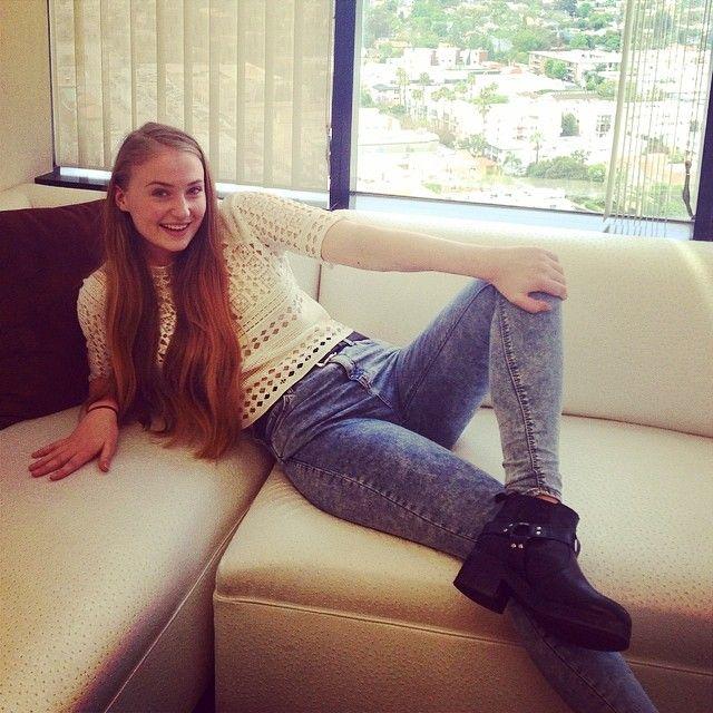 sophie turner httpinstagramcompnoviykopkx the