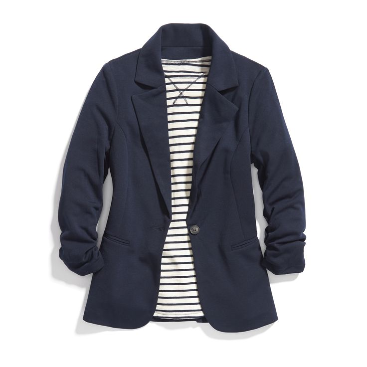 Stitch Fix Winter Essentials: Pair a navy blazer with hunter green or plum for a rich, winter-approved color combo.