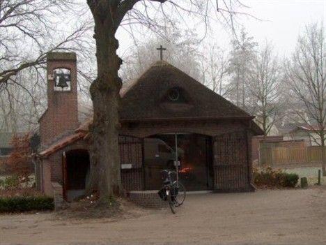 De kapel van Binderen, is gelegen in de wijk Helmond-Noord, op het terrein waar tot 1650 de cisterciënzerinnenabdij Sancta Maria de Valle Imperatricis was gelegen.