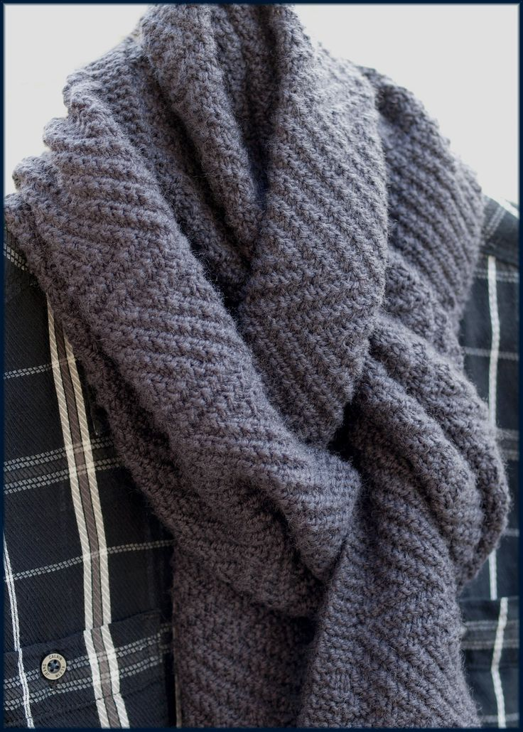 Knitting Scarf Patterns For Men : 17 Best images about Mens knitting on Pinterest Warm, The grey and Kni...