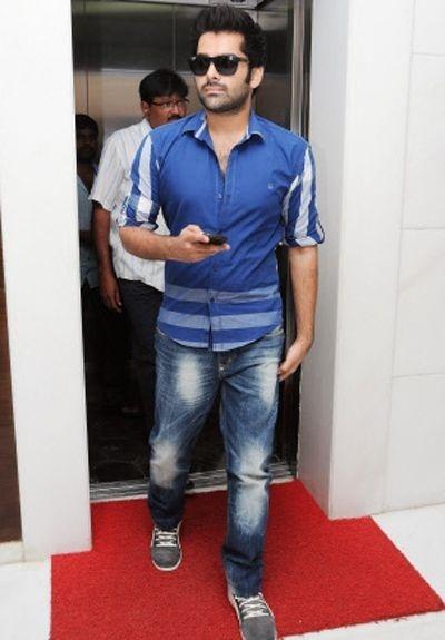 ram-pothineni-tollywood-actor-latest-photos (3)