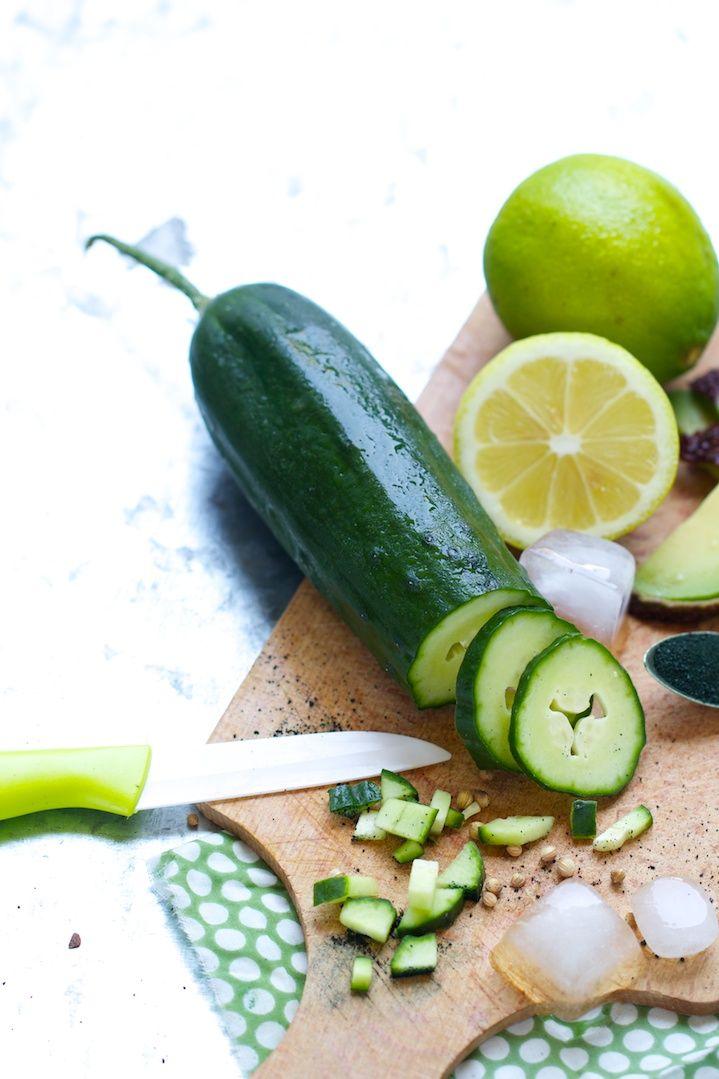 """Petite soupe """"détox"""" glacée { avocat, concombre, spiruline & citron vert } - Santé Nutrition"""