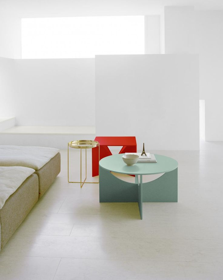 Charlotte, Design: Ferdinand Kramer