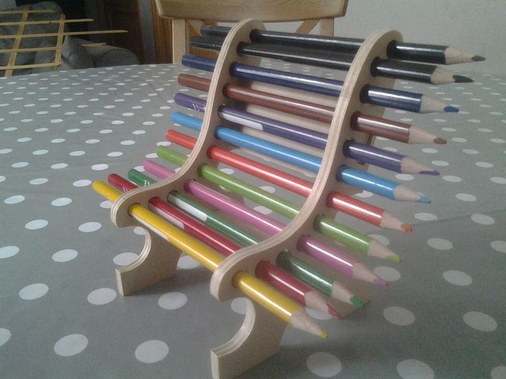 banc porte crayons fait en chantournage : Loisirs créatifs, scrapbooking par le-chantourneur38