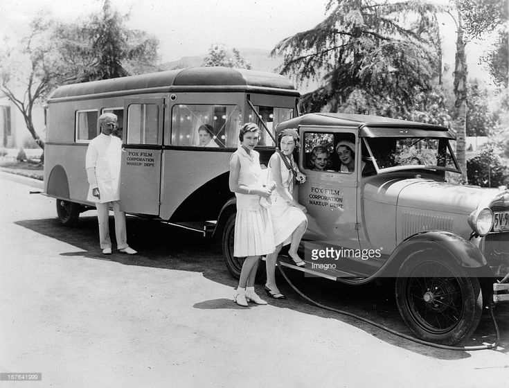 Helen Cohan 1930:  The mobile makeup artists of the Fox Film Corporation. Seated in the car: Claire Luce and Helen Cohan; standing Joyce Compton and Maureen O `Sullivan. Hollywood. 09/11/1930.