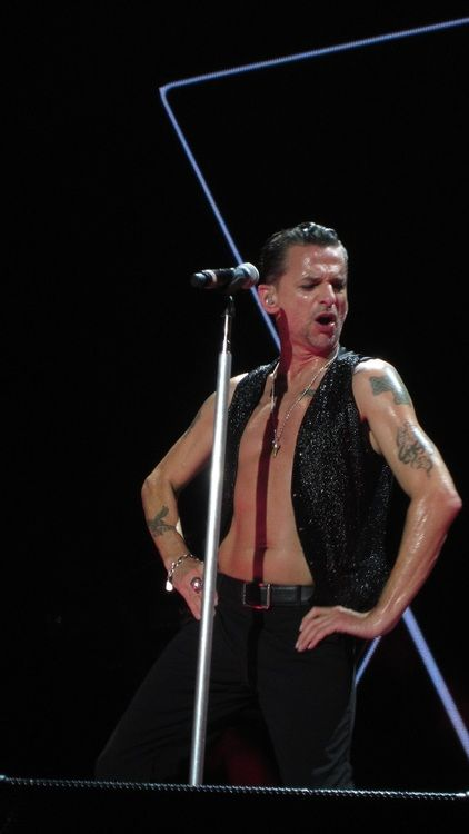 Dave Gahan - Delta Machine Tour... that voice ;)