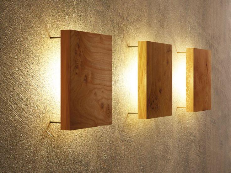 New Moderne Wandleuchte aus Holz die mit ihren hinterleuchteten massiven Holzplatten jede Wand in ein besonderes