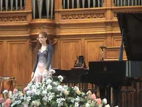 Marina Yakhlakova plays Tchaikovsky-Pletnev: 4 pieces from The Nutcracke...