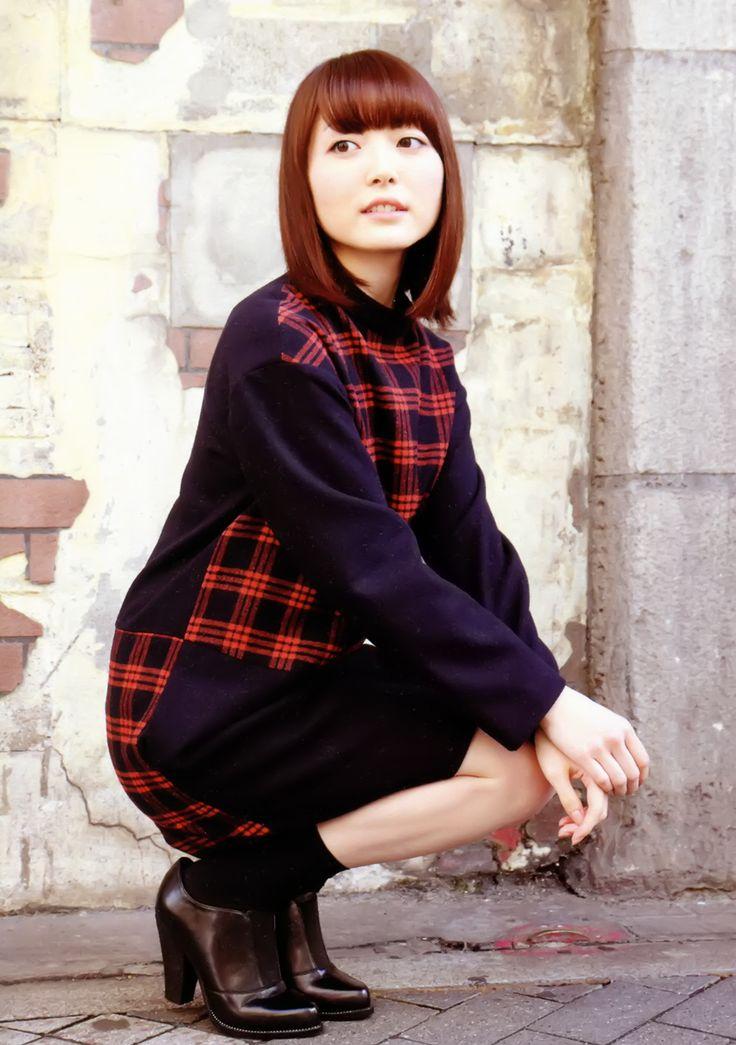 Kana Hanazawa Nude Photos 34