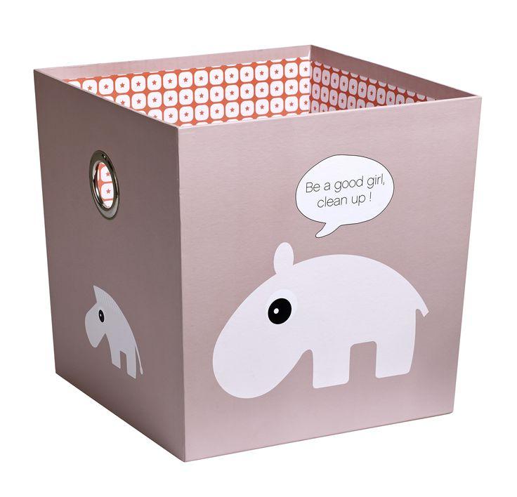 Silly U's Zoopreme-dieren helpen je kleintje om de kamer netjes te houden: voor alle kleine spulletjes is er een plaatsje in deze roze Silly U-opbergbox.