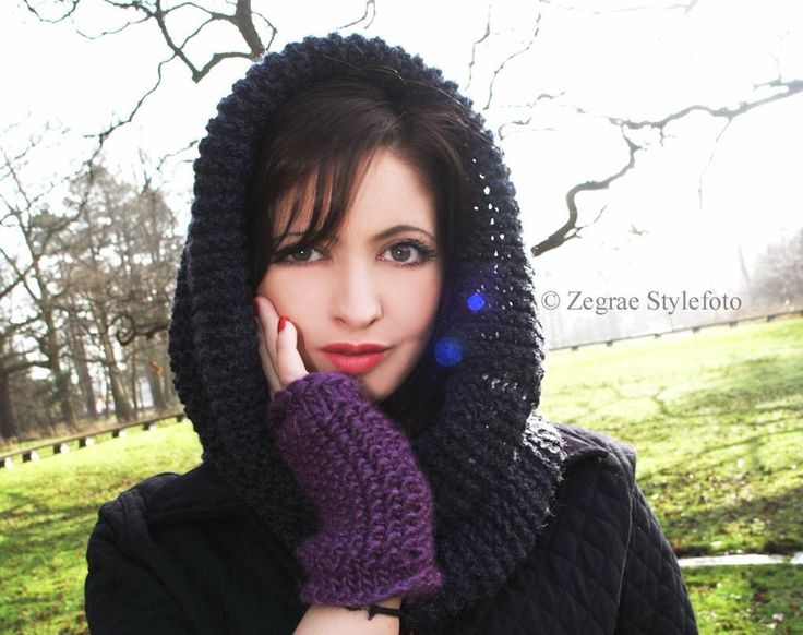free #knitting pattern on Crafy for this hugs cowl.  'Knitting : Cariad