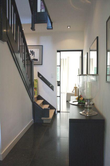 Дом в Гааге: дизайн фойе
