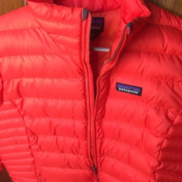 Patagonia down sweater jacket Color-sumac red // Size-Medium // Purchased at the end of January (only worn a handful of times...basically new!) I've just decided I want to buy some Patagonia vest instead Paid 229.00 // Asking 150.00 or best offer! Patagonia Jackets & Coats Puffers