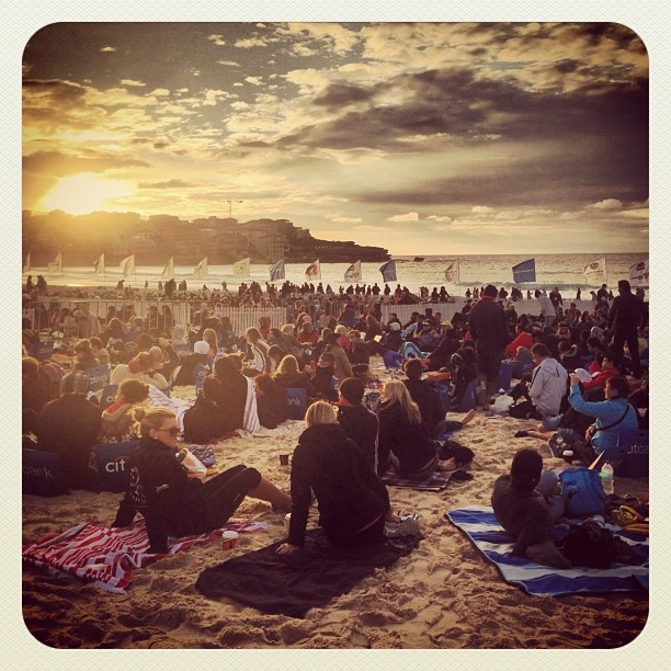 Loving Breakfast on Bondi! #bondi #atbondi #sydney #australia #beach #crave #event #sunrise #festival