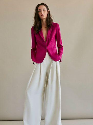 Las americanas de mujer SS 2017 de Massimo Dutti, un must have para la oficina. En esta colección encontrará blazers negros, blancos, rosas, azules o rojos.