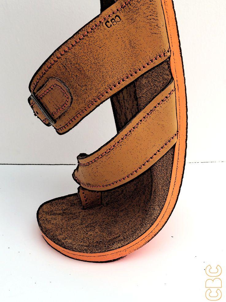 Sandales artisanales en cuir sur mesure du moulage du pied avec traitement podologique intégré sur contexte d'asymétrie des pieds. Semelle extérieure Vibram. L'EMPREINTE CBC