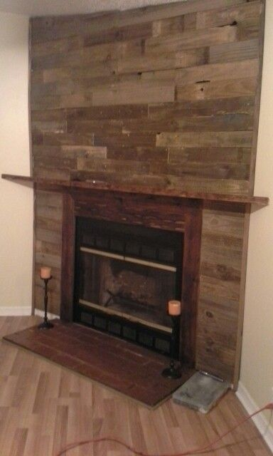 Pallet wall fireplace | For the Home | Pinterest | Pallet ...
